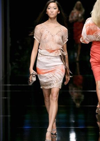 杏ファッションショー乳首