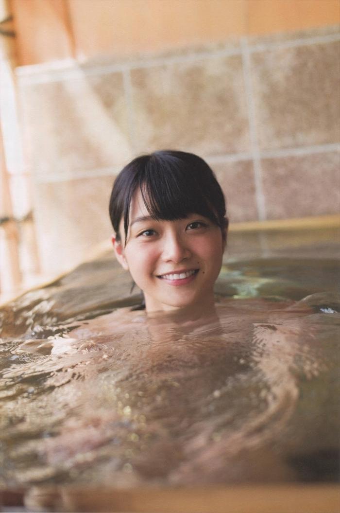 深川麻衣の温泉入浴ヌードエロ画像