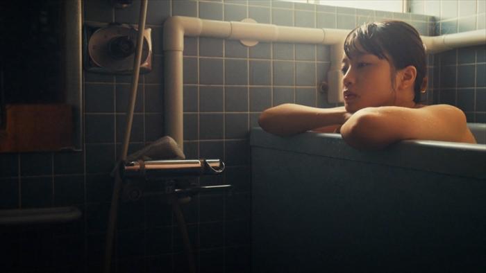 深川麻衣の入浴ヌードエロ画像