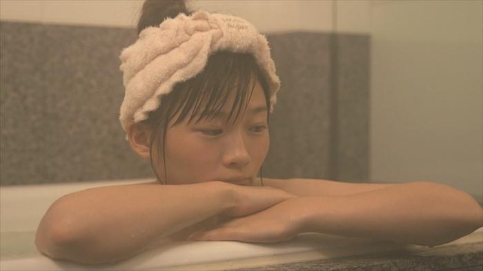 伊藤沙莉、トランジットガールズ、入浴キス
