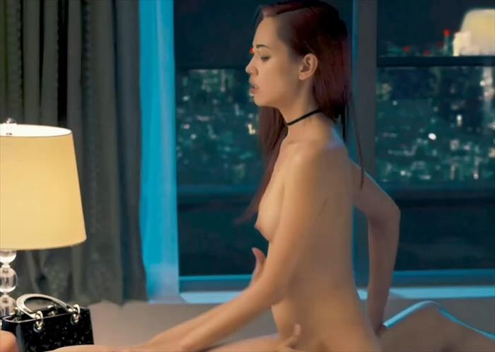 水原希子の彼女濡れ場騎乗位セックス